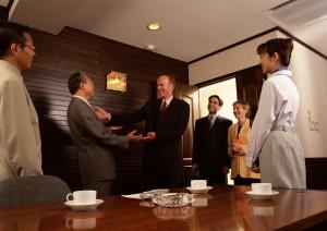 Успешные переговоры, удачная деловая встреча